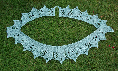 Crescent_spokes_scarf_-_1_medium
