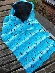 Winter_leaves_scarf_1_small