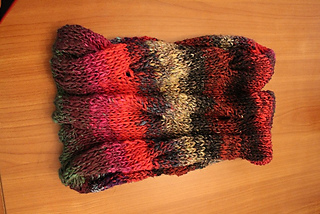 Ravelry Burberry Inspired Cowl Neck Scarf Pattern By Julianne Smith