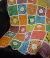 Daisy_lap_blanket_6_small_best_fit