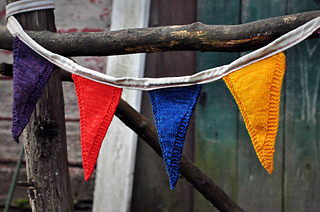 Sm_happyknits_farmstandflags-006_small2