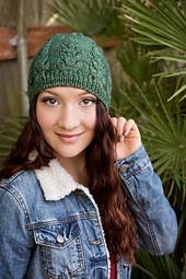 Knittingbee-knit-01_small_best_fit