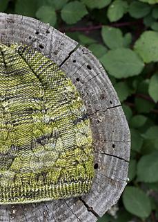 Knittingbee-knit-03_small2