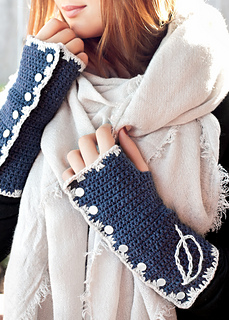 Closeknit_crochet__2__sm_small2