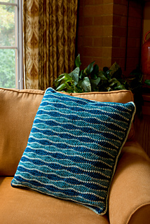 Kbee_crochet__3__sm_small2