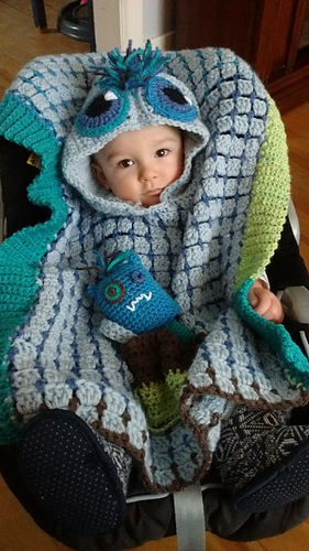 Ravelry Monster Car Seat Poncho Pattern By Roxie McCara