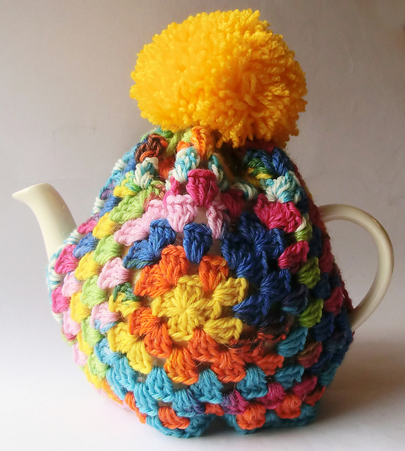 Ravelry: Granny Square Tea Cosy pattern by Ruth Maddock