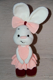 Pretty Bunny amigurumi in pink dress - Amigurumi Today | 320x212