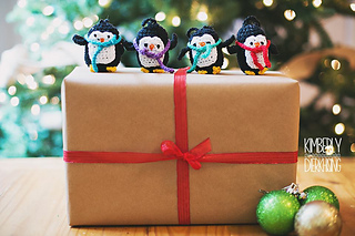 Penguine_ornament_1_small2