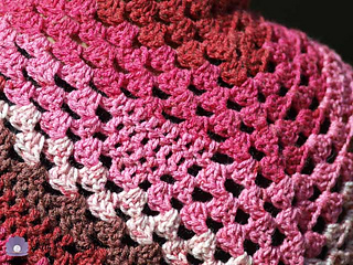Bless_your_heart_shawl-4_small2