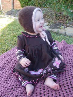 Aran_toddler_bonnet_002_small2