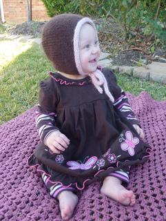 Aran_toddler_bonnet_002_small2