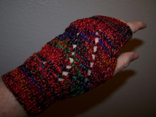 Lazy_lace_mitts__4__small2