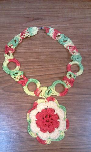 Ravelry Crochet Flower Necklace Pattern By Scarfanatic1