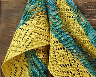 Knitted_shawl_spring_rain__3__small2