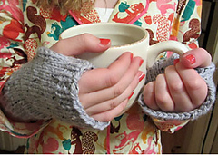 Easy-mitten-knitting-pattern_small