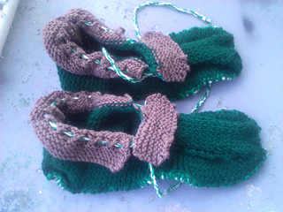 Cozy_slippers_done_small2
