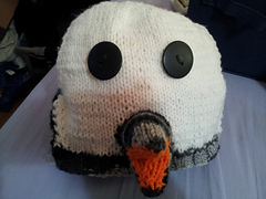 Penguin_hat_front_small