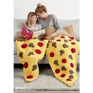 Bernat-blanket-c-pizzapartycrochetsnugglesack-web_small2