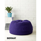 Bernat-woolupbulky-k-takenoticepouf-04_small_best_fit