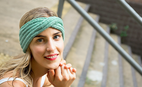 Single-twist-headband-green_medium