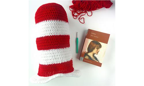 Cat_in_the_crochet_hat_medium