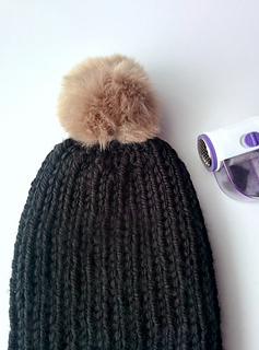 Ribbed_knit_beanie_3_small2