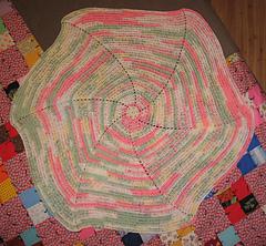 Swirl_baby_blanket_1_small