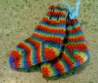 Baby_socks_small2