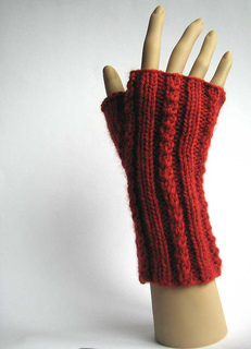 Rust-cable-mitts6_small2