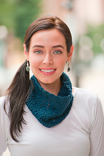 Riverrun_cowl_small2
