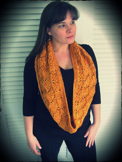 Loralee_cowl9_small2