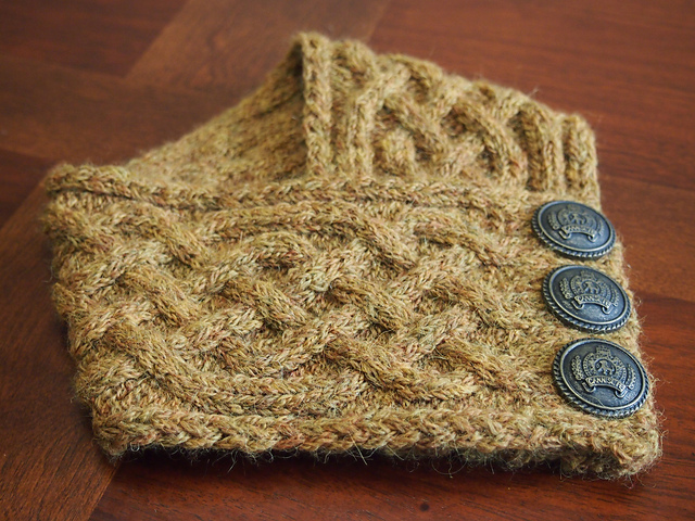 Ravelry: Celtic Cable Neckwarmer pattern by Lindsay Henricks