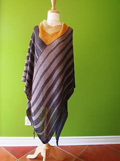 Silent_goal_shawl_made_with_wandering_cat_yarns_desert_cat-2_small2