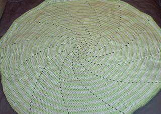 Ravelry: Spiral Baby Blanket Nbr 2 pattern by Donna Mason-Svara