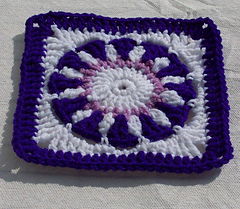 Purple_flower_finished_small