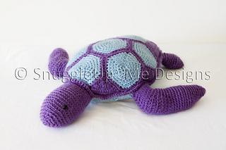 Amigurumi Turtle Pattern : Ravelry crochet sea turtle pattern pillow pal pattern by annie wang