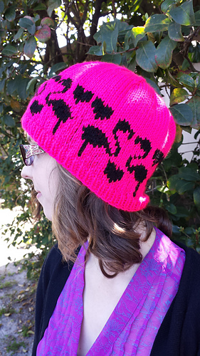 Pink_hat_medium