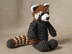 Crochet_red_panda_pattern_small