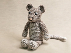 Crochet-mouse-pattern_small