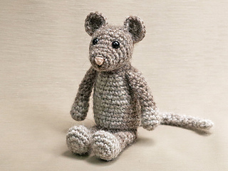 Crochet-mouse-pattern_small2