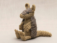 Crochet-armadillo-pattern_small