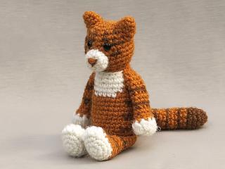 Amigurumi-cat-pattern_small2