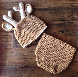 db4be1704 Ravelry: Deer Diaper Cover and Hat Set pattern by Shannon Corcoran ...