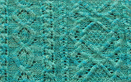 Aran_lace_cowl_green_cropped_small_best_fit