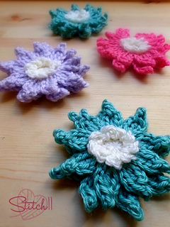 Crochet_lotus_flower_small2