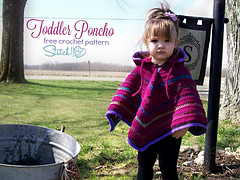 Free_toddler_poncho_crochet_pattern_by_stitch11_small