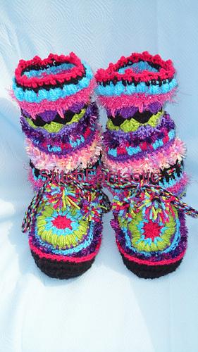 Ravelry: Fantasy Moccasin slipper pattern by Stitch Fantastic