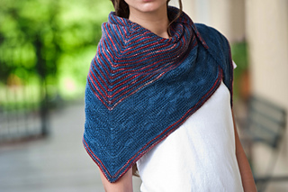 Bluered_shawl4137_small2