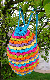 Spring_petals_backpack_02_small_best_fit